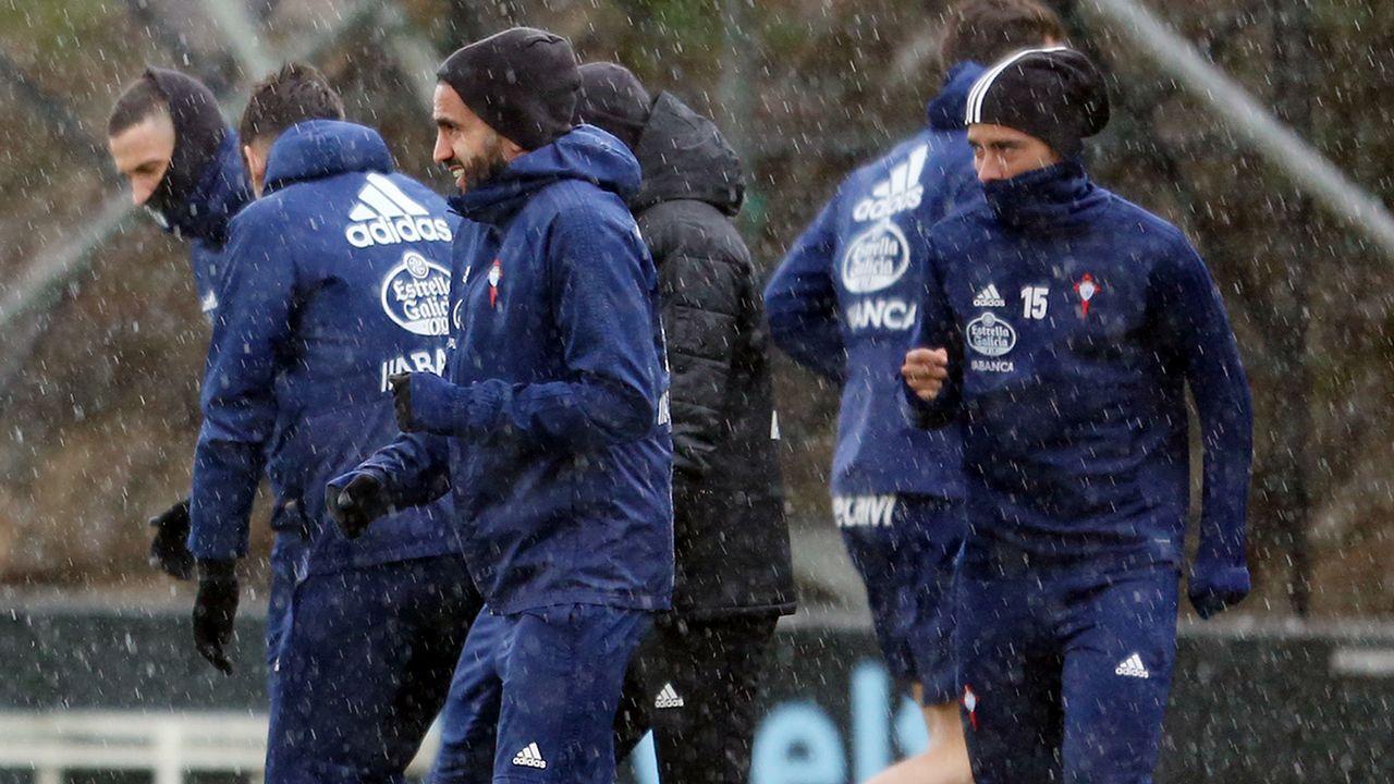 Las mejores imágenes del Alavés - Celta.Stuani celebra un tanto en un F.C.Barcelona-Girona