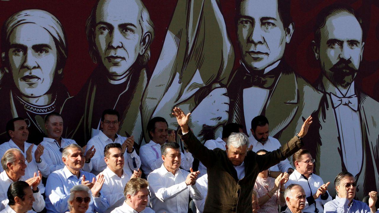 Retiran una mina sin explotar, adherida al casco de uno de los dos petroleros atacados en el Golfo. López Obrador celebró el acuerdo en la fronteriza ciudad de Tijuana
