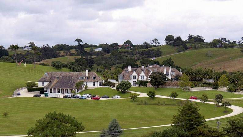 De madres estrellas, hijas deslumbrantes.Residencia del fundador de Megaupload, Kim Schmitz, en Auckland (Nueva Zelanda).