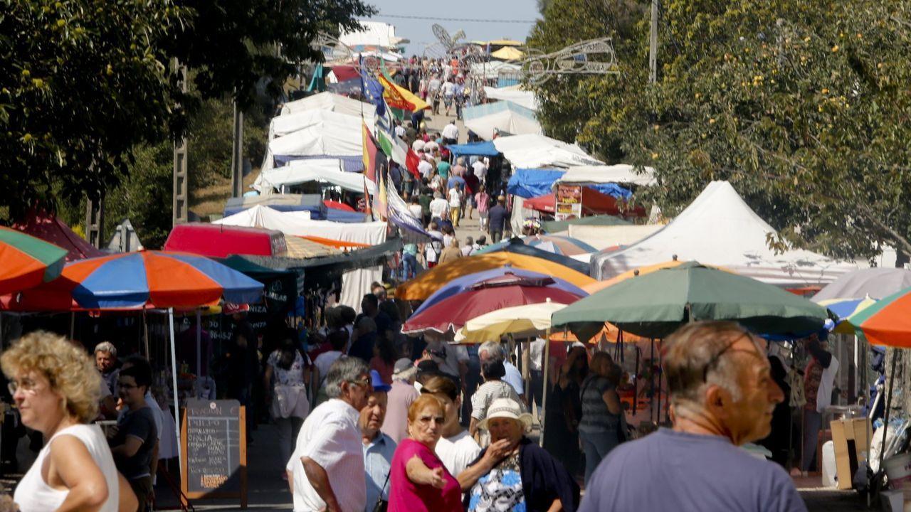 Las imágenes que dejó el Xiria-Cañiza.La feria de A Cañiza se celebra tradicionalmente los días 6 y 20 de cada mes