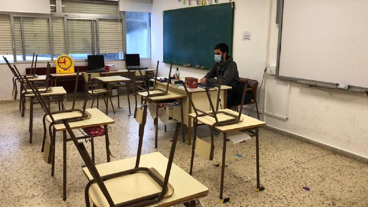 Un aula vacía del colegio público de O Courel, en una imagen del pasado viernes