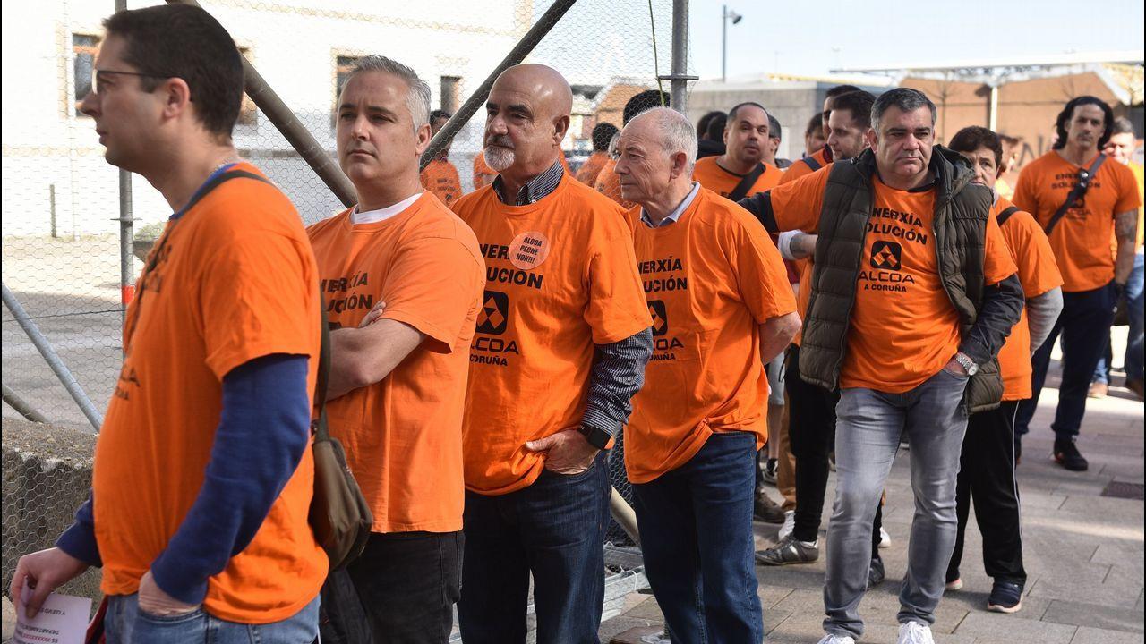 Concentración de la CIG a las puertas de Alcoa. San Cibrao.Factoría de Alcoa en Avilés