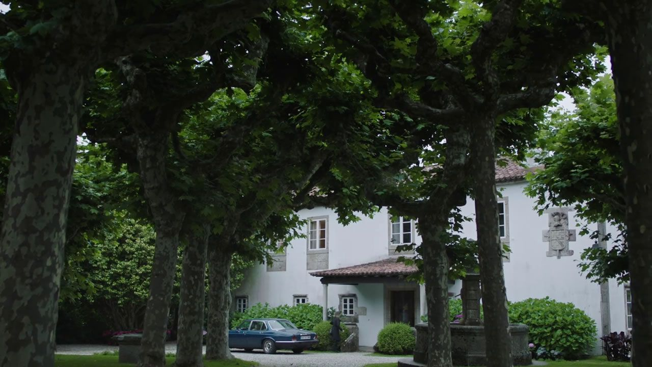 Pazo das Torres, en Oleiros, escenario que en la ficción sirve de vivienda a los Ulloa, la familia más poderosa de la isla de Néboa