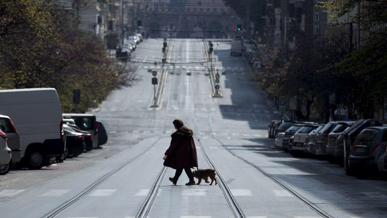 Calles vacías en la capital de Italia, Roma