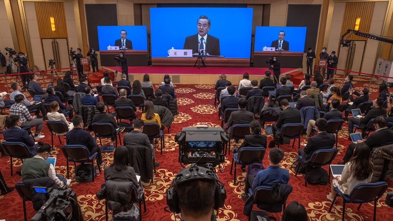 El ministro de Asuntos Exteriores de China, Wang Yi, este domingo en una rueda de prensa en Pekín