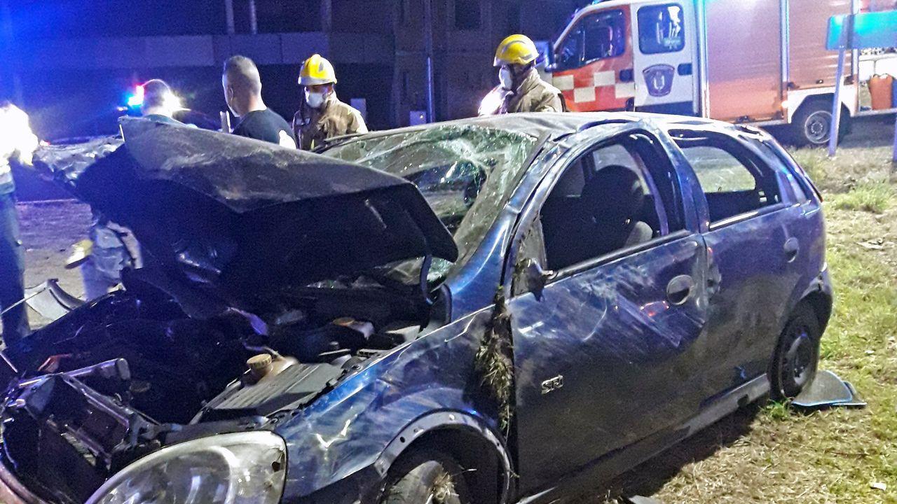 Las 10 mejores fervenzas de Pontevedra y O Salnés.El accidente se produjo en la carretera N-640 en Godos, en Caldas