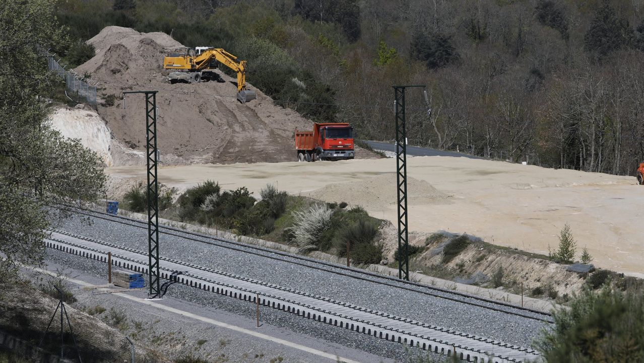Obras del AVE en el tramo Campobecerros-Taboadela