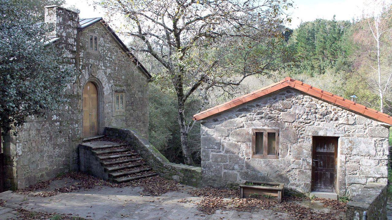 Hostería enfrente del monasterio