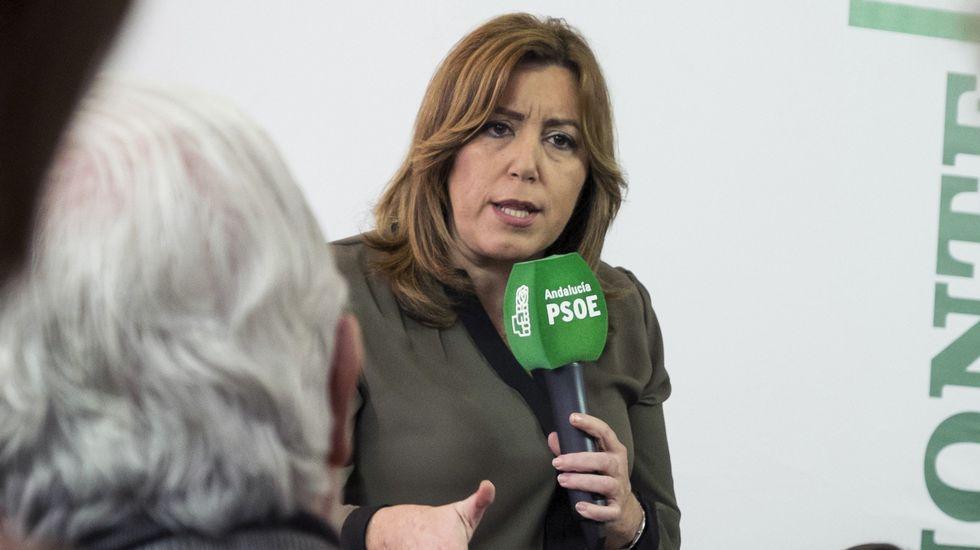 Susana Díaz le da la bienvenida a Sánchez.Javier Fernández, Felipe González y Fátima Báñez