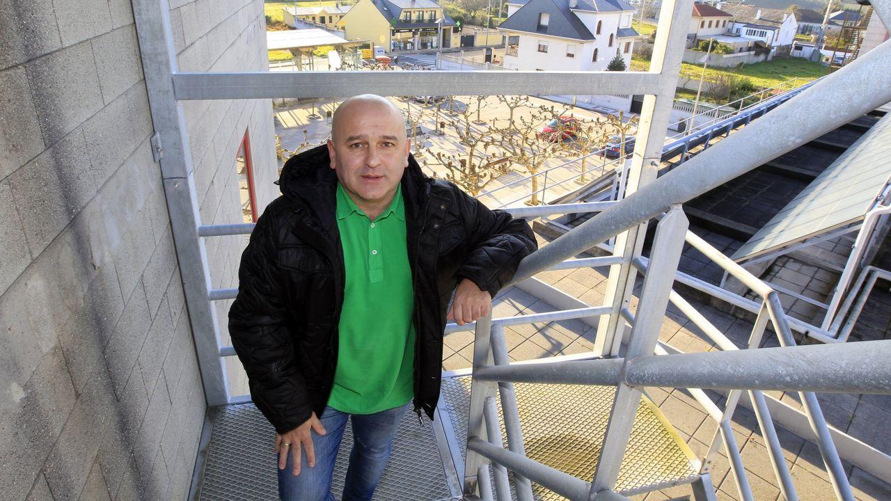 Juan Carlos López González  trampea  con el reparto a domicilio en la pizzería Onde Sempre, de Xove