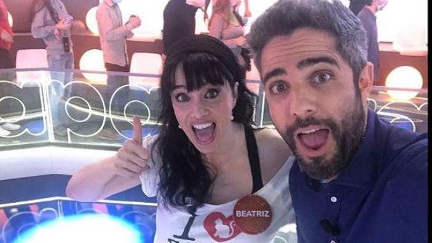 Beatriz Rico junto con Roberto Leal