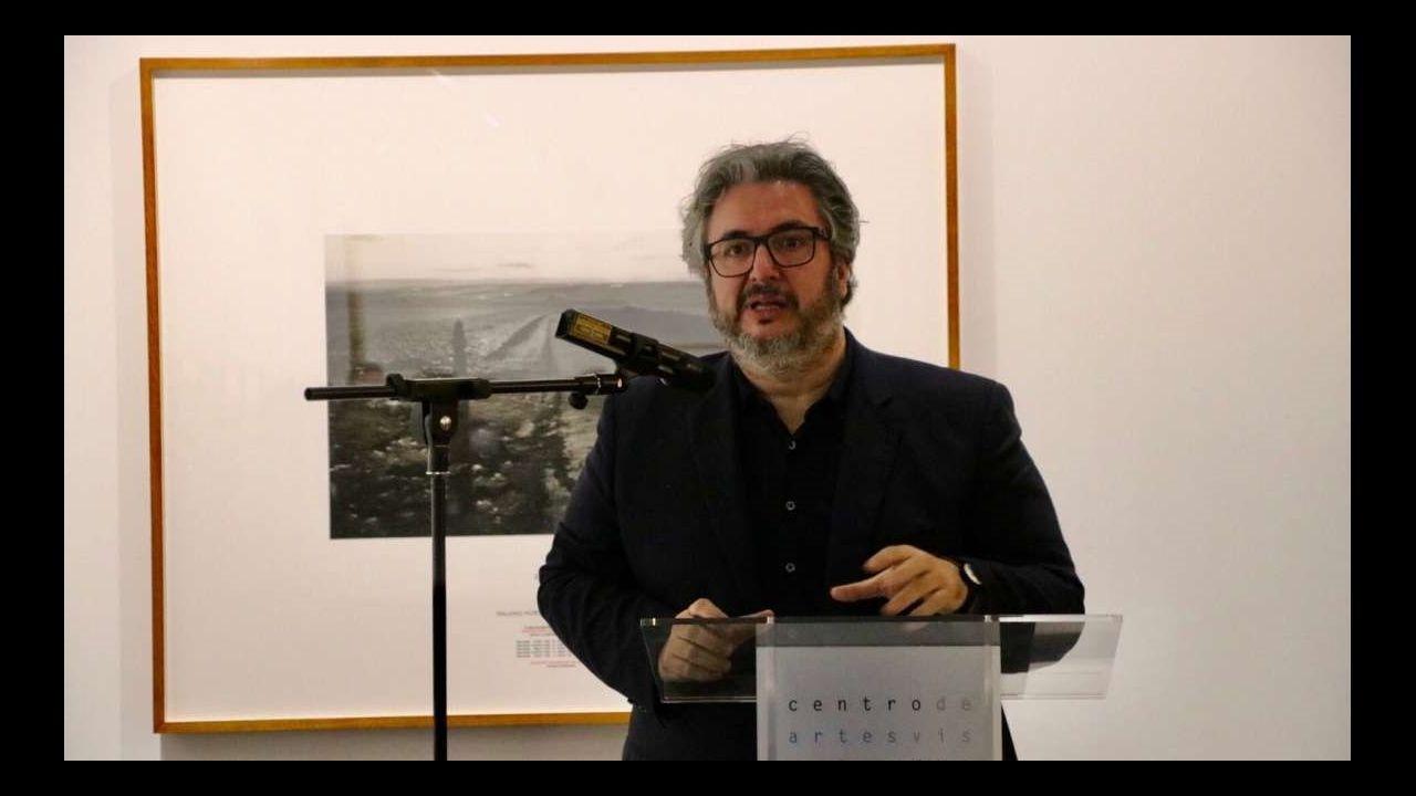 Gol Rocha Real Oviedo Sevilla Atletico.Julián Rodríguez, en una exposición que comisarió en el Centro de las Artes Visuales Fundación Helga de Alvear, en Cáceres