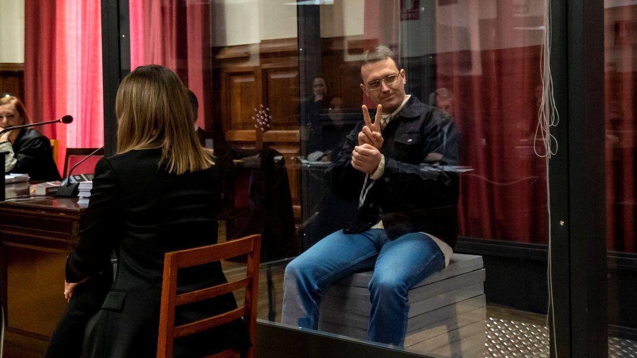 A Norbert Feher, conocido como Igor el Ruso, se le habilitó una urna de cristal por su peligrosidad en el juicio que se celebra en Teruel