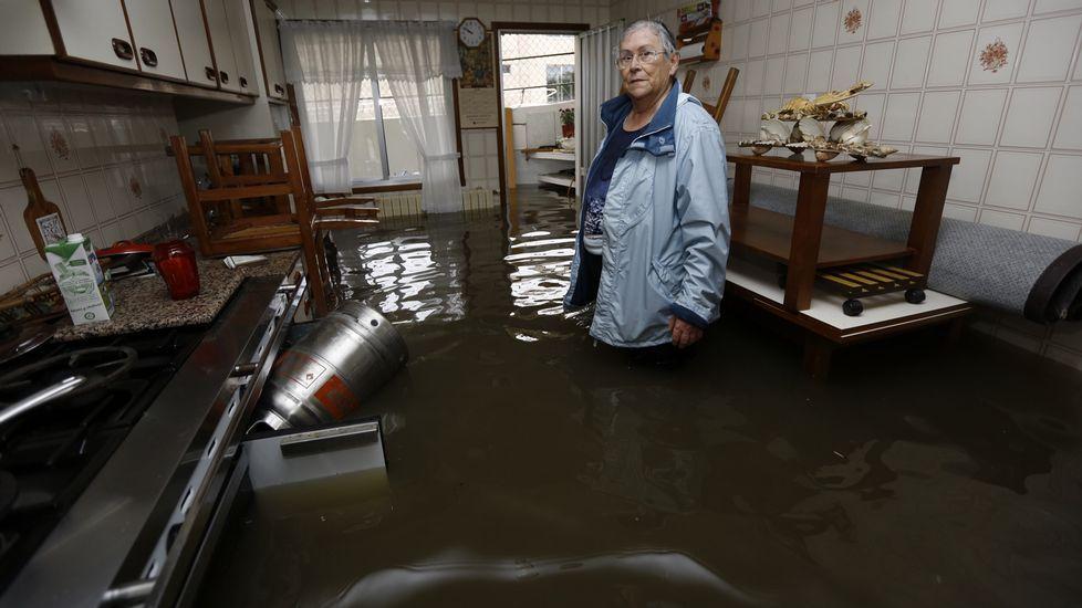 Casa completamente inundada en As Brañas, Sada.