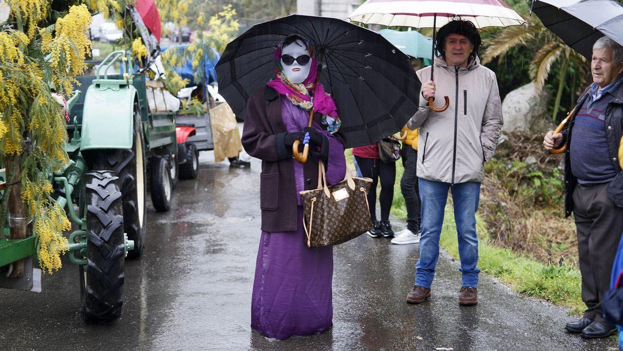 Lluvia y entroido en Xinzo