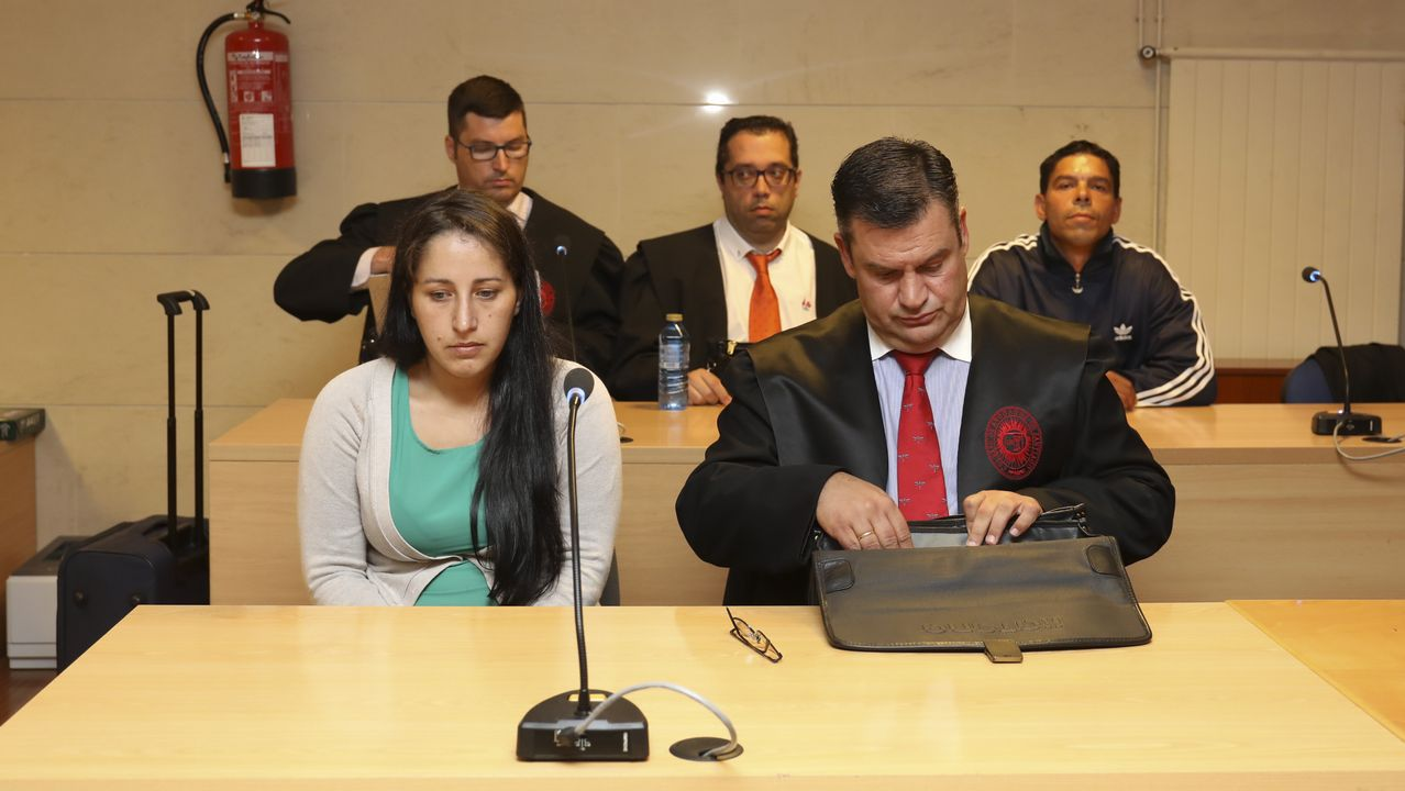 Fadila Chardoud y David Fuentes durante la primera sesión del juicio
