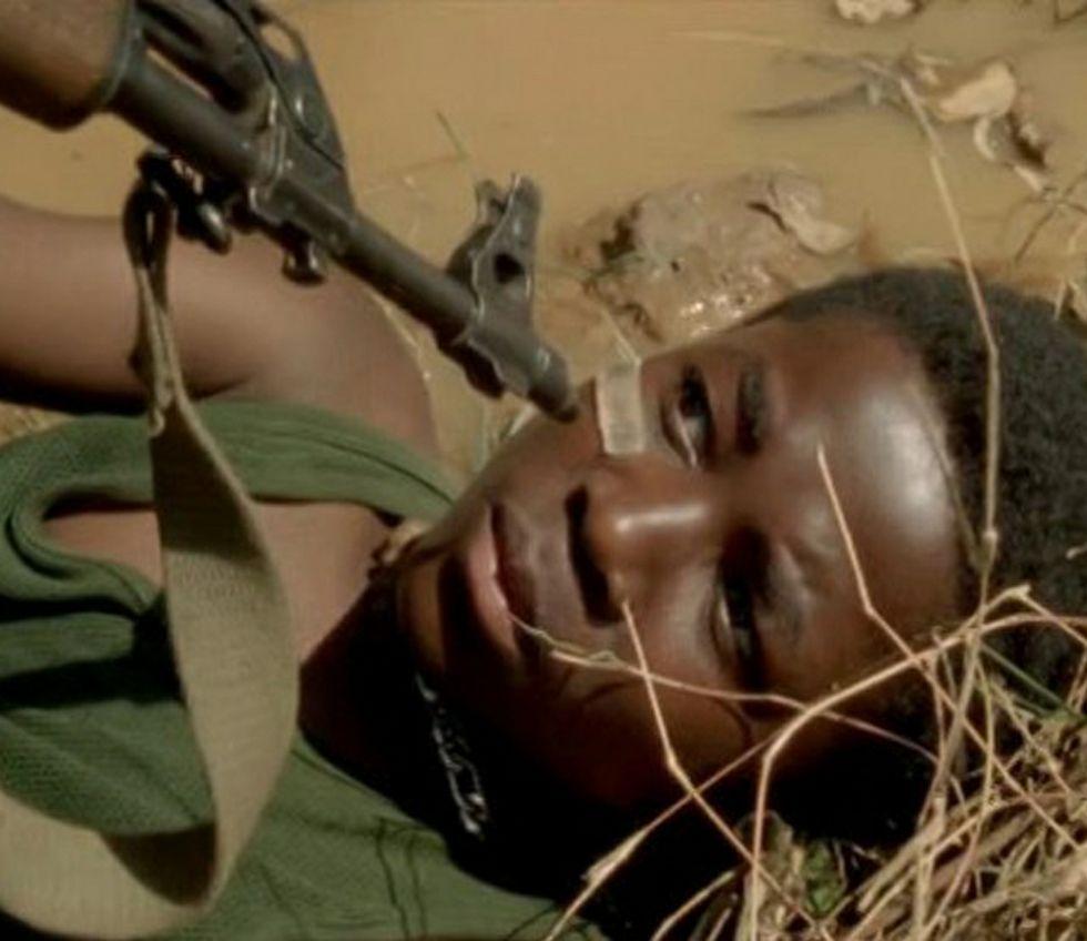 La historia se desarrolla en Sierra Leona, tras la guerra civil.