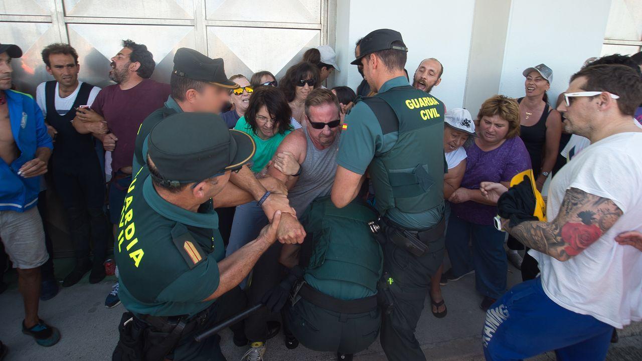Una niña de tres años ingresada tras consumir éxtasis.Valla fronteriza entre Melilla y Marruecos