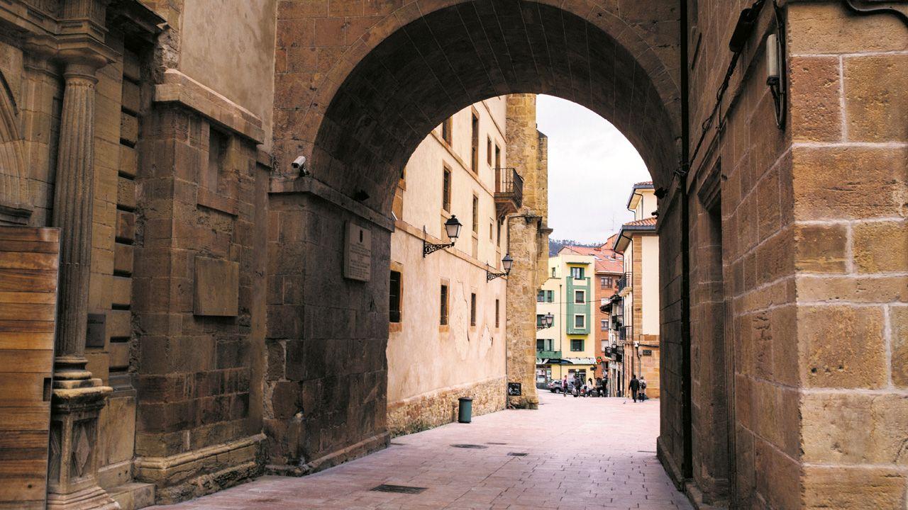 arco, Oviedo.Kirk Douglas dice haber tenido «una vida maravillosa»