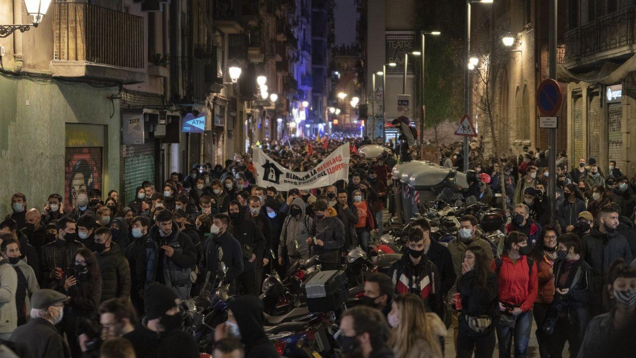 Los manifestantes reclamaron «amnistía, disolución de los antidisturbios y autodeterminación»