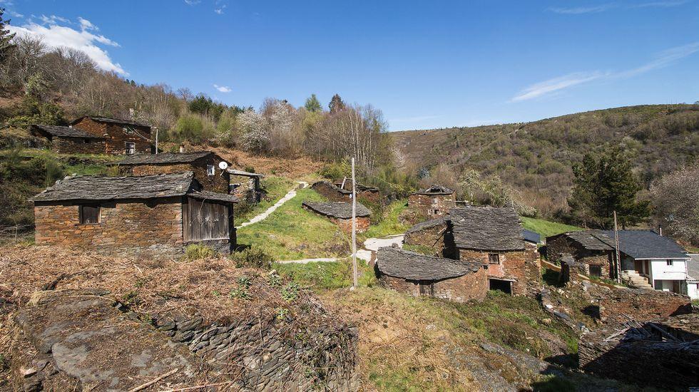 Otra vista del pueblo, que dejó de estar habitado de forma permanente en el 2012