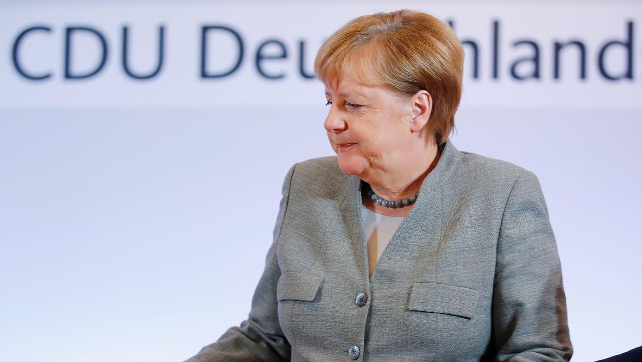 La jefa de la CDU, Annegret Kramp-Karranbauer, abrió el congreso del partido