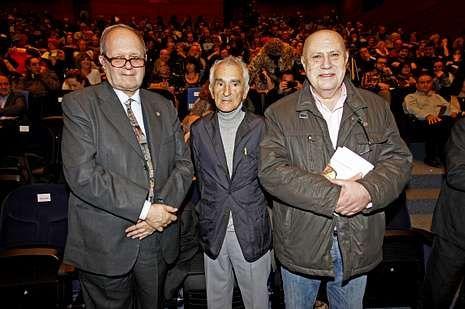 Pere Gimferrer, Carlos Oroza y Méndez Ferrín.