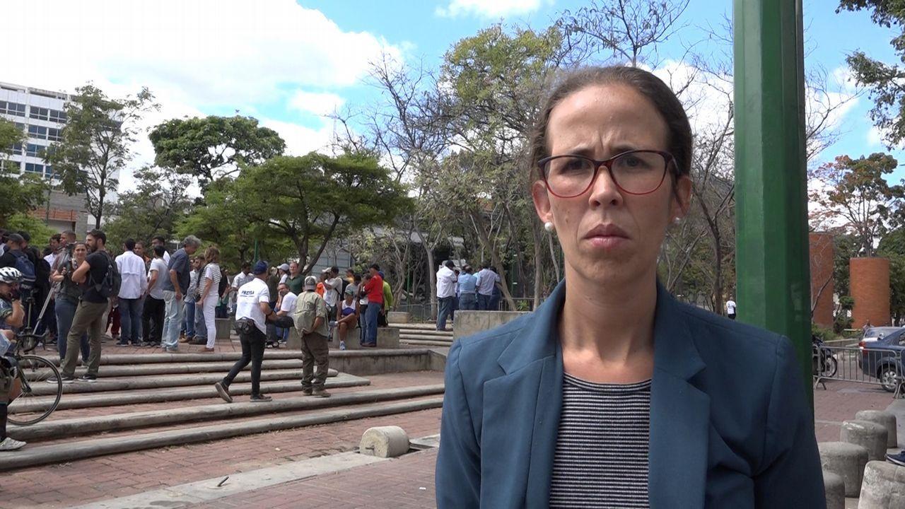 Venezuela se echa a la calle para reclamar elecciones libres.Manuela Bolívar comparte partido con Juan Guaidó