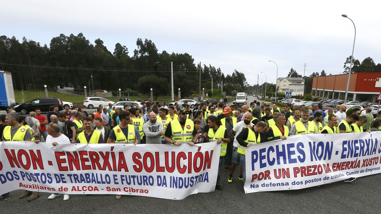 Temor a un aumento del paro en Canarias por la quiebra de Thomas Cook.La portavoz del PP en la Junta General, Teresa Mallada, durante su intervención en el pleno de hoy de la Junta General del Principado