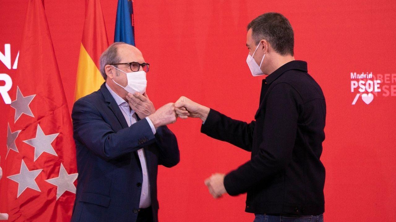 Sánchez y Gabilondo, en un acto ayer en la sede de Ferraz