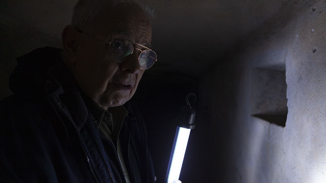 Artemio Mortera en el búnker de El Cueto