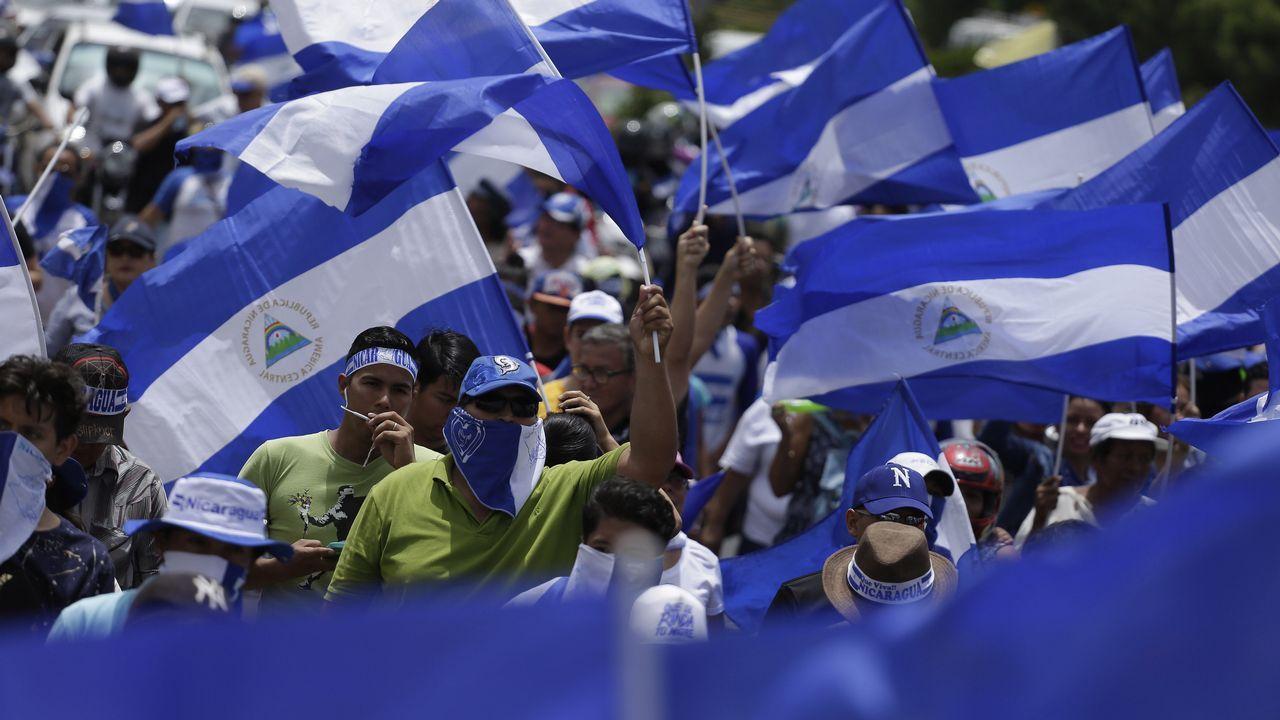 El uruguayo José Mujica, Ortega y su mujer, Rosario Murillo, junto a Maduro en Caracas