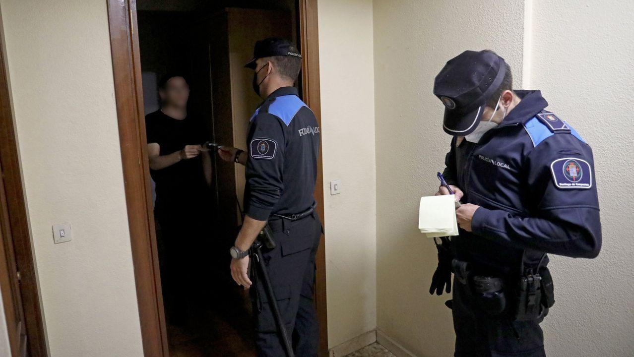 La Policía Local se vio superada para disuadir a centenares de personas bebiendo en la calle.Juzgado de Oviedo, Audiencia Provincial de Oviedo