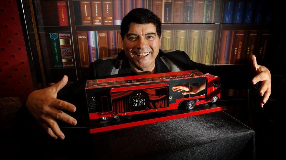 El Mago Antón actúa el viernes en Petín
