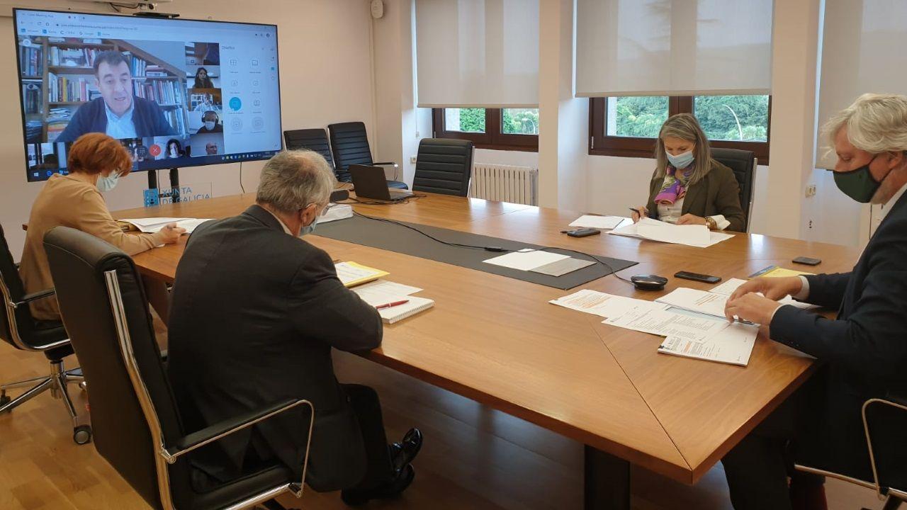 Reunión, esta mañana, del comité educativo, para adaptar la resolución de la Conferencia Sectorial de Educación a la realidad de las sustituciones en Galicia