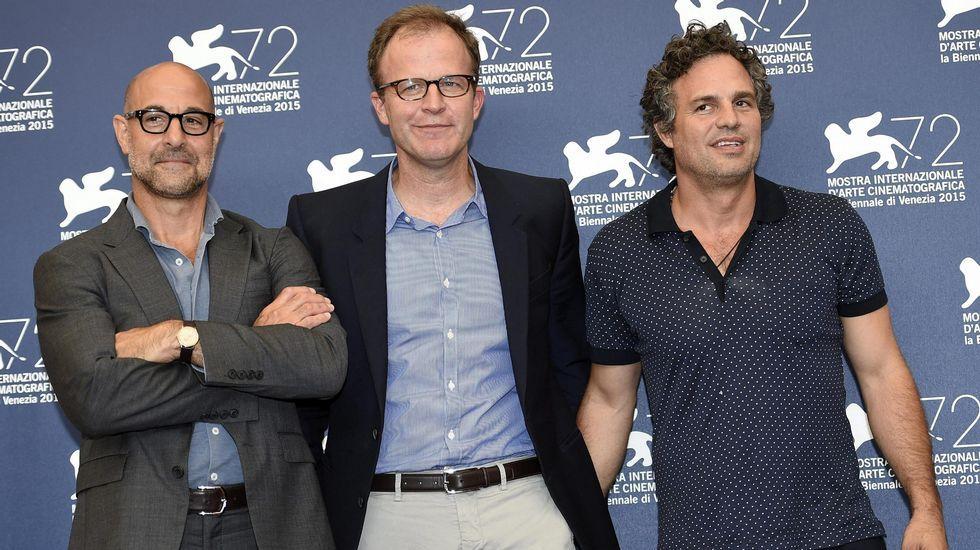 El actor Stanley Tucci, junto a sus compatriotas, el director de cine Thomas Joseph McCarthy y el actor Mark Ruffalo