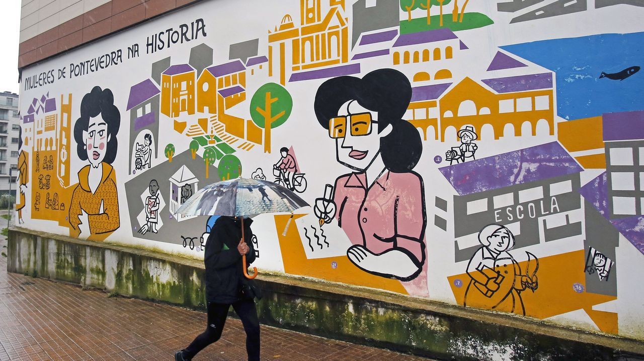 Mural Mulleres de Pontevedra na historia,  en la calle Poza dos Canos