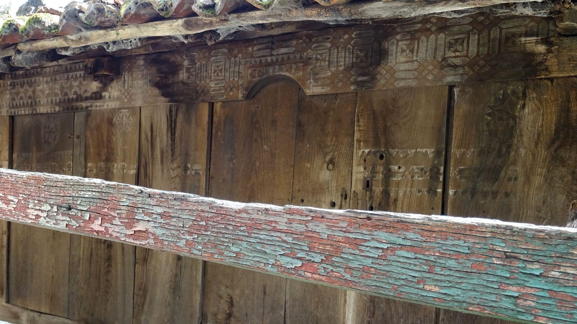 Otro detalle de la decoración en uno de sus liños