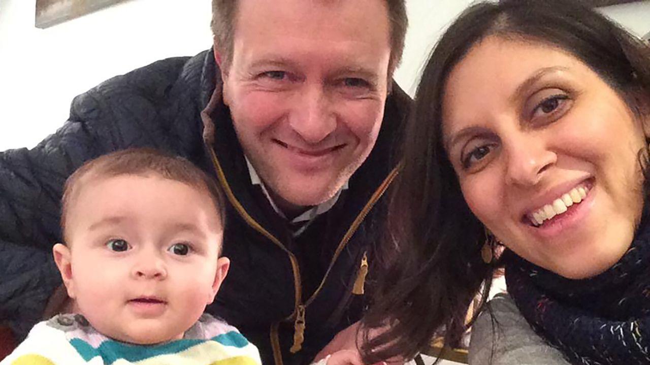 Zaghari-Ratcliffe, con su esposo y su hija en una imagen de archivo