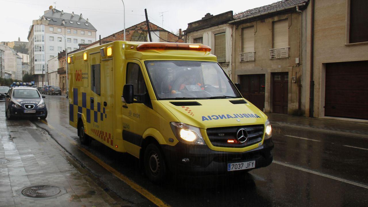 Imagen de archivo de una ambulancia medicalizada