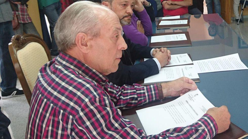 José Luis Álvarez, en un pleno en Vilamartín de Valdeorras