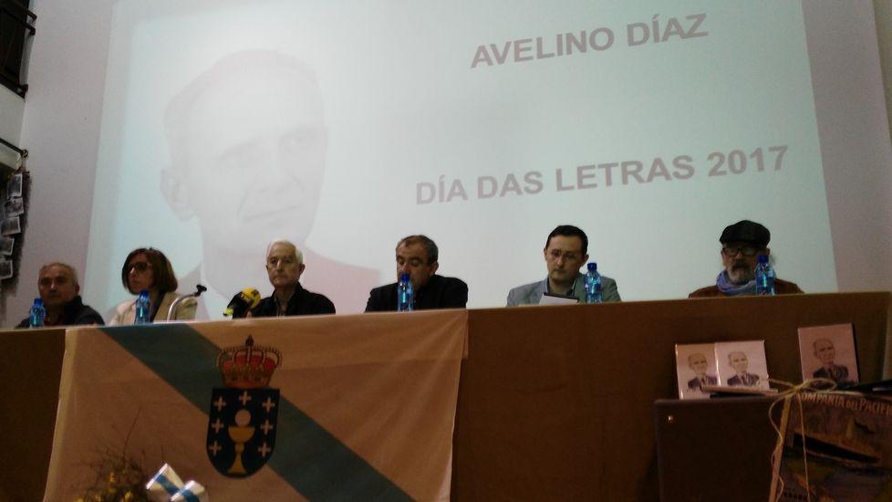Avelino Díaz en una audición en el programa de Maruxa Boga y años después en un homenaje