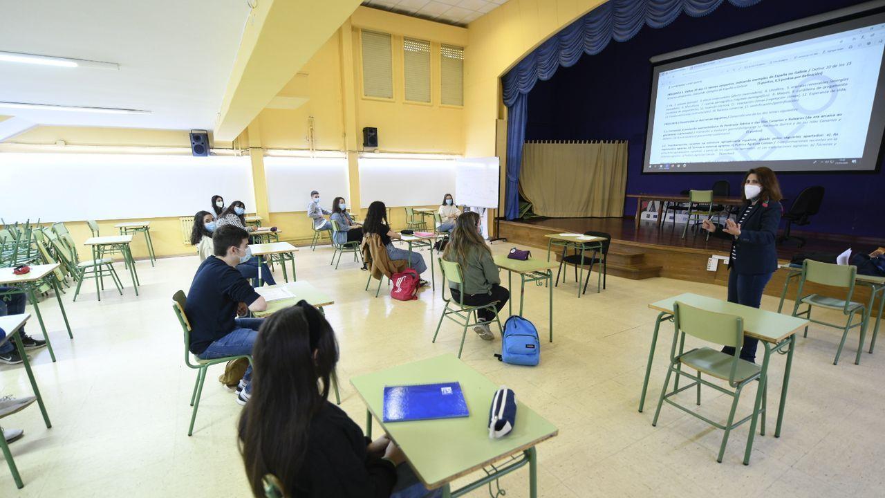 El instituto Laxeiro, en Lalín, mantiene la distancia social entre los estudiantes