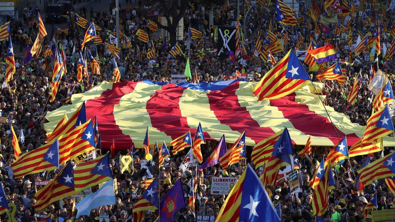 El soberanismo se manifiesta por las calles de Madrid.Junqueras y Puigdemont mantienen un enfrentamiento personal desde que compartían escaño