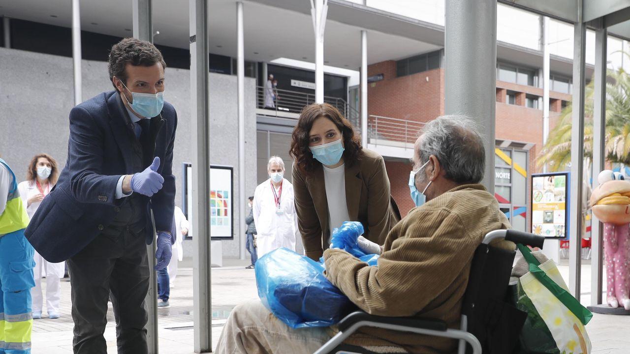 Sánchez amplía el estado de alarma hasta el 9 de mayo.Casado y Ayuso visitaron el hospital de Ifema