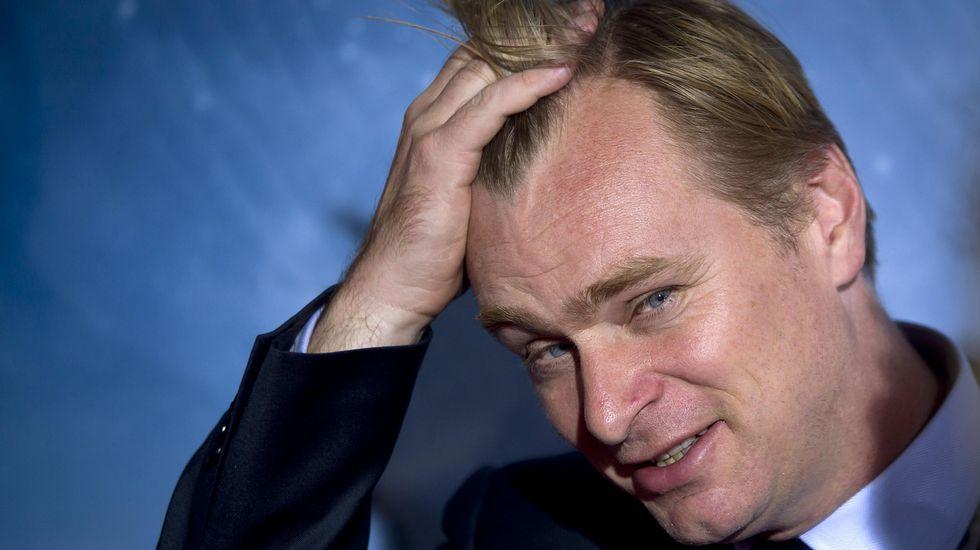 El presidente del Comité de Relaciones Exteriores del Senado, Bob Corker..El director Christopher Nolan.