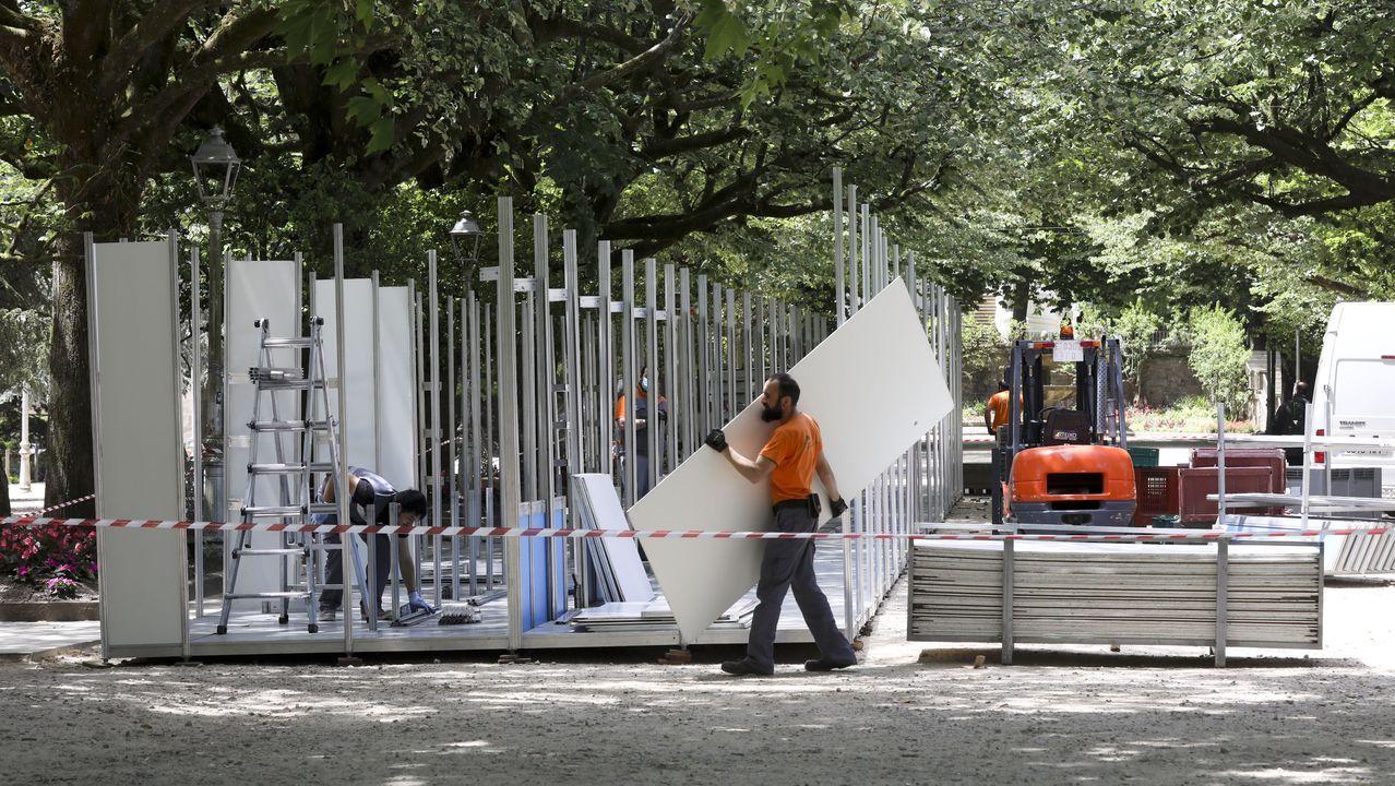 La feria del libro y de artesanía Mostrart se mantendrán con las «máximas medidas de seguridad».Entrada a la plaza de toros de El Bibio en Gijón