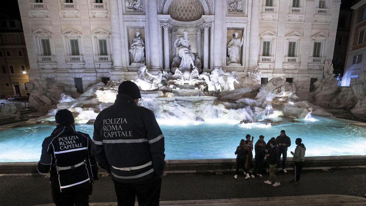La fontana di Trevi, en el centro de Roma.