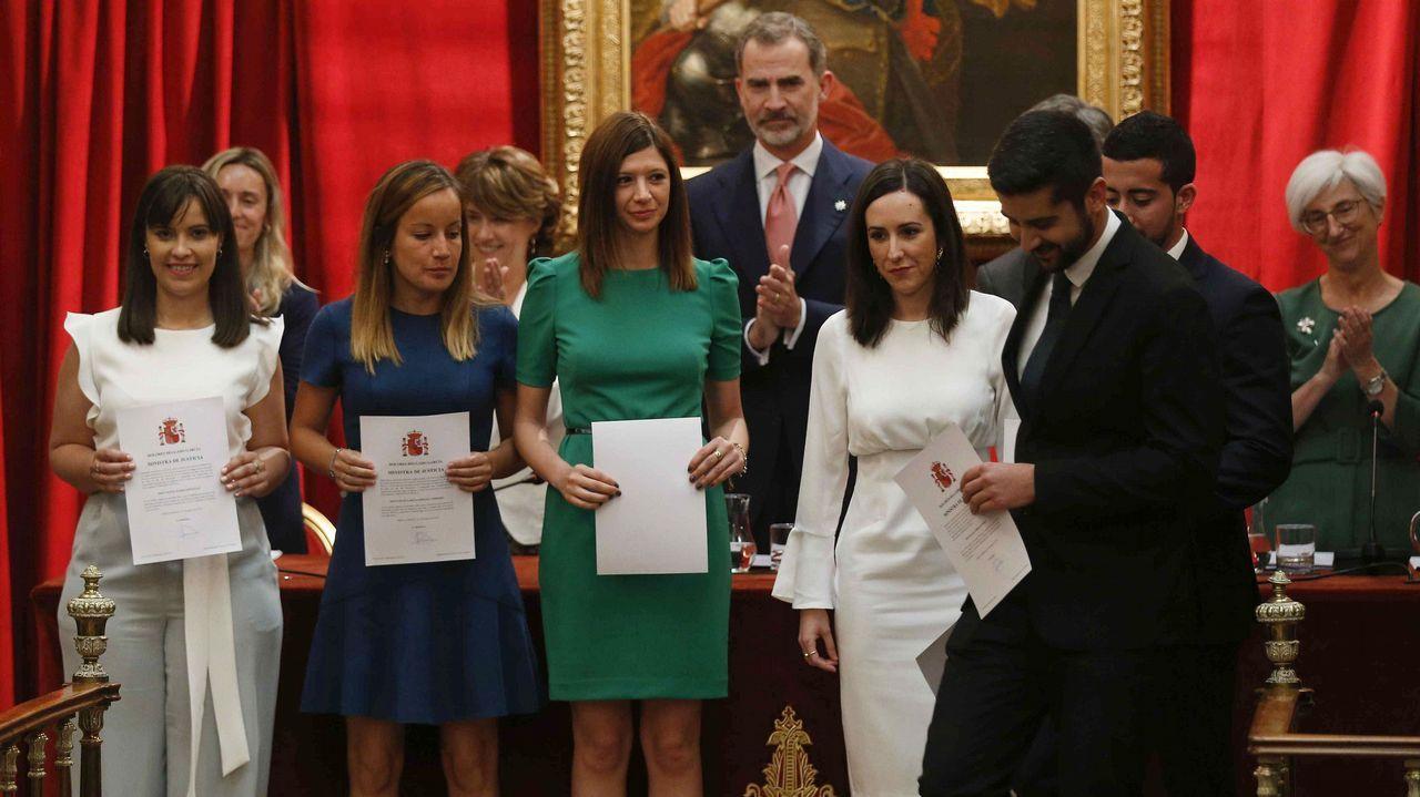 El rey Felipe VI ha presidido hoy el acto de entrega de despachos a la última promoción de fiscales