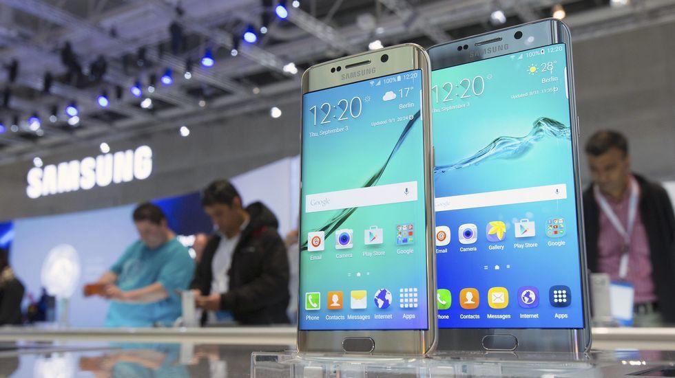 Más imágenes del expositor de Samsung.